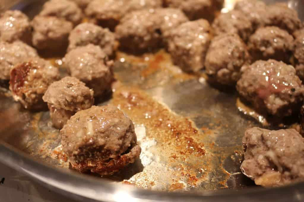 how to make easy homemade meatballs for spaghetti